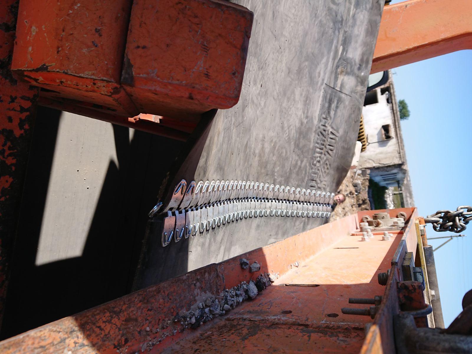 Разрыв лент конвейера кузовные детали на транспортер т5